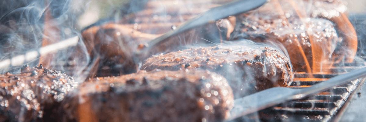 Fotografía de comida a la barbacoa
